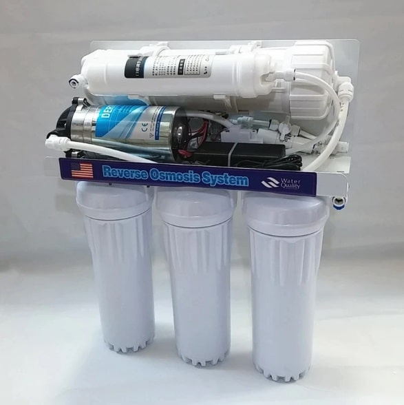 Reverse Osmosis filter picture