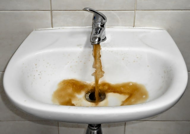 yellow tap water coming out